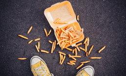 จริงหรือไม่? อาหารตกพื้น 5 วินาที เชื้อโรคยังไม่เห็น?