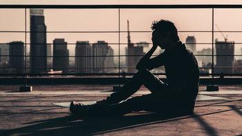 """""""การฆ่าตัวตาย"""" กำลังเป็นปัญหาสาธารณสุขทั่วโลก"""