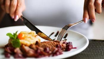 7 สิ่งที่ไม่ควรทำหลังกินอิ่ม