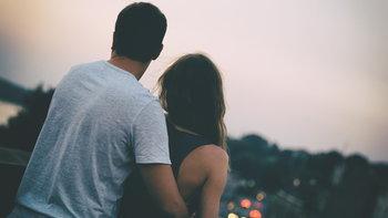 """ทำไม """"ความรัก"""" ของเราถึงไปไม่รอด ? คำตอบที่อธิบายด้วยหลักจิตวิทยา"""