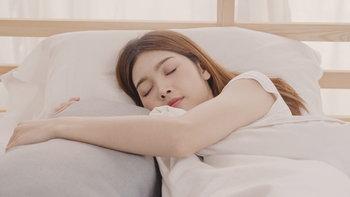 """5 เหตุผลที่ """"นอนหลับ"""" ช่วย """"ลดน้ำหนัก"""" ได้"""