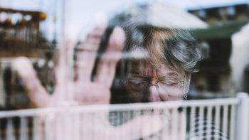 """3 สัญญาณอันตราย """"โรคซึมเศร้า"""" ในผู้สูงอายุ"""