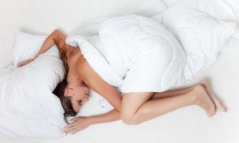 """""""นอนไม่หลับ"""" กับ 8 วิธีง่ายๆ ที่ช่วยให้หลับสบายขึ้น"""