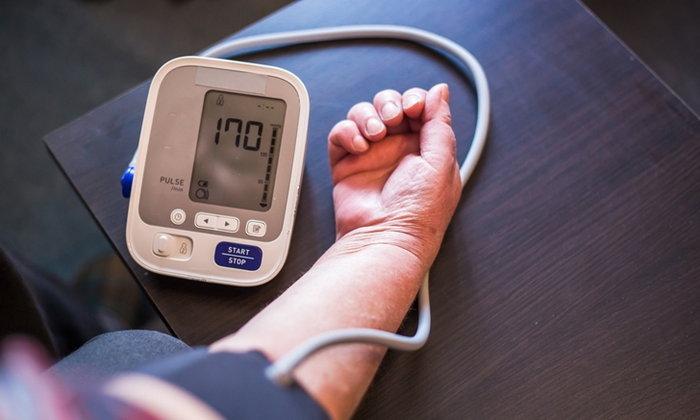 """ผู้ป่วย """"ความดัน-โรคหัวใจ"""" ลดเสี่ยง """"โควิด-19"""" อย่างไร?"""