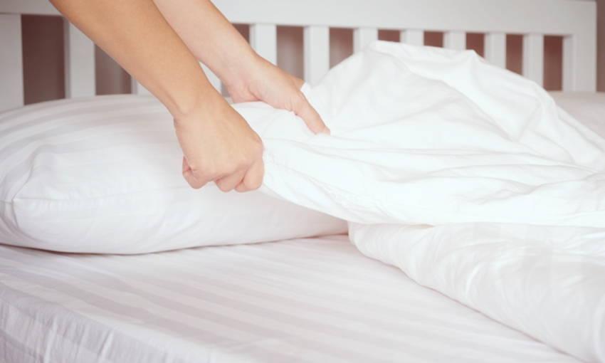 """ผ้าปูที่นอน"""" ควรเปลี่ยนบ่อยแค่ไหน เพื่อสุขภาพที่ดี"""