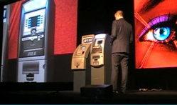 แฮคเกอร์โชว์วิธีดูดเงินฟรีจากตู้เอทีเอ็ม