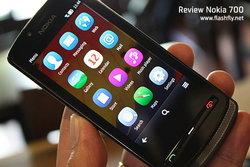 แกะกล่อง Nokia 700 สมาร์ทโฟน Symbian Belle