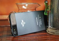 จีนโหดเล็งฟ้อง iPhone 5 ฐานลอกดีไซน์จากมือถือปลอม!