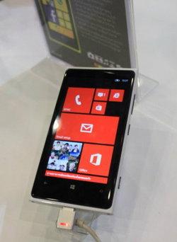 ระวัง ผู้ใช้ Windows Phone 8 พบอาการรีบูทเครื่องเองจนไปถึงเครื่องบริคจากการรีเซ็ทเครื่อง