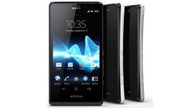 SONY XPERIA T {BOND'S NEW BLOWER!}