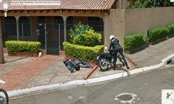 """รวมรูปหลุด ที่ถ่ายได้จากกล้องของ """"Google Street View"""" อย่าเผลอเชียว"""