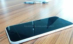 หลุด!! แม่พิมพ์ต้นแบบ iPhone 6 บางขึ้น หน้าจอใหญ่ขึ้น!