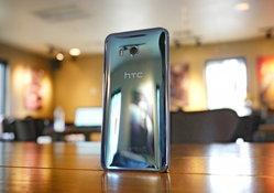 สื่อนอกลือ HTC อาจเปิดตัว U11 Plus หน้าจอ 6 นิ้วดีไซน์ไร้ขอบช่วง พย นี้