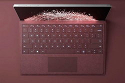Microsoft เปิดตัว Surface Laptop และ Surface Book 2 ที่มีราคาถูกลง