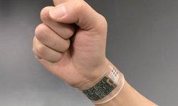 """อนาคตของ Smart Wearable เซ็นเซอร์ยืดหยุ่นได้ สำหรับตรวจจับ """"เหงื่อ"""""""