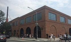 Apple Store ใน Brooklyn เปิดให้บริการแล้ววันนี้