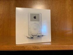 18 ปี แพงขึ้น 50 เท่า iPod รุ่นแรกขายใน eBay ปั่นราคาแตะ 630,000 บาท!