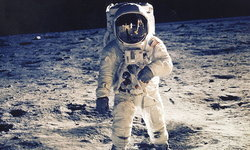 50 ปีภารกิจสู่ดวงจันทร์ ยังผลักดันธุรกิจบนโลกเติบโตต่อเนื่อง