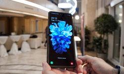 "Samsung แจงกรณีสื่อนำเสนอปัญหา ""Galaxy Z Flip บอบบางมาก แค่เล็บกดก็ทำให้เป็นรอยได้"""