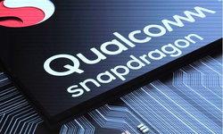 """Microsoft"" เล็งจะใช้ชิป Snapdragon 1000 ในสมาร์ทโฟน Surface รุ่นหน้าจอพับได้"