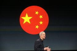 CEO สัญจร! ทิม คุก เดินสายเยี่ยมแดนมังกรอีกครั้ง หวังกระตุ้นยอดขาย iPhone XS ให้กระเตื้อง