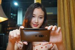 รีวิว Sony Xperia XZ2 Premium สานต่อจิตวิญญาณจอ 4K HDR