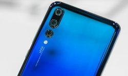 Huawei P30 Pro อาจมีติ่งและขอบจอโค้ง