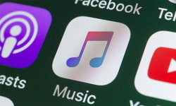 Apple Music ชวนคุณมาอยู่บ้านแบบใกล้ชิดศิลปินจาก What The duck กับ Homie Acoustic EP