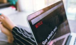 "Netflix จะมีปุ่มสุ่มภาพยนตร์แก้ปัญหา ""ไม่รู้จะดูอะไรดี"""