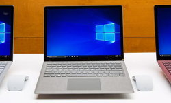 ลือ! Microsoft จะปล่อย Surface Laptop ขนาดกลาง 12.5 นิ้วราคาสบายกระเป๋าปลายปีนี้