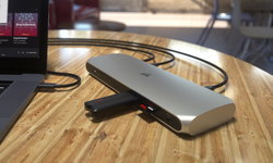 CORSAIR เปิดตัว TBT100 Thunderbolt™ 3 Dock อุปกรณ์เก็บสายบนโต๊ะคอม