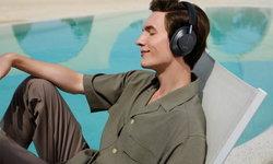 ถ้าชีวิตเครียดนัก ก็พักมาฟังเสียงเพลงเพราะ ๆ กับหูฟังที่ต้องมี HUAWEI FreeBuds Studio