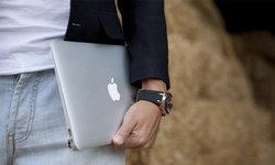 อู๊ยส์! สงสัยไหมทำไม MacBook ไฟชอบดูดจังนะ