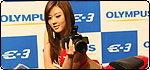 กล้อง DSLR หมุนจอได้กับ E-3 จากโอลิมปัส