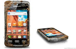 Samsung Galaxy Xcover รุ่นแรกที่ท้าให้ลงน้ำ