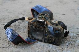 กล้องตกทะเลของเมืองนอก มาเจอของเมืองไทยกล้องแช่น้ำท่วมกว่าเดือน