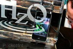 Apple สนพัฒนา iPhone 5 กันน้ำได้เต็มที่แม้จุ่มลงไปทั้งตัวเครื่อง!