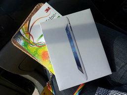 อัพเดทราคาล่าสุด New iPad เครื่องหิ้วมาบุญครองกับ 4 ร้านดัง! (19 มีนาคม 2555)
