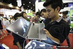 """ซัมซุง เปิดตัว """"ซัมซุง โน้ตบุ๊ค ซีรีส์ 9 เจเนเรชันใหม่"""" ครั้งแรกในเมืองไทย"""