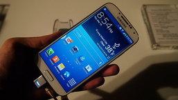 บทวิเคราะห์ Galaxy S4 พลาสติกก๊อบแก๊บบุกอเมริกา