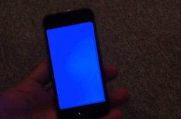 iPhone 5s พบปัญหาจอฟ้า รีสตาร์ทเอง