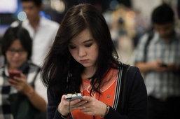 """ตรวจแถวตลาดสมาร์ทโฟน ก่อน """"ไอโฟน"""" รุ่นใหม่ลงตลาด"""