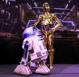 """เงิบ! 1 ใน 4 ชาวมะกันคิดว่า """"MP3″ คือหุ่นยนต์จากหนัง Star Wars?!"""