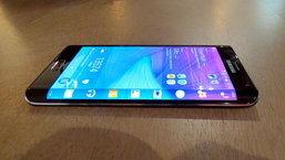 Galaxy S6 ที่มีจอด้านข้างตัวเครื่องจะมีชื่อทางการว่า Galaxy S Edge
