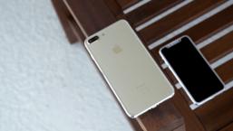 ลองสัมผัส iPhone 7s Plus เครื่องต้นแบบครั้งแรก