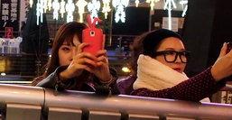 เผยผลสำรวจพบนักท่องเที่ยวชาวเอเชียติดมือถือมากกว่าชาวยุโรป