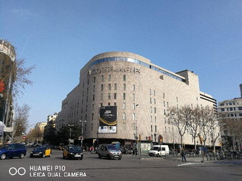 ตัวอย่างภาพ Huawei P10