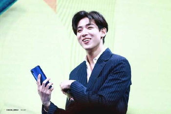 Vivo V9 BamBam GOT7 Exclusive Fan Meet