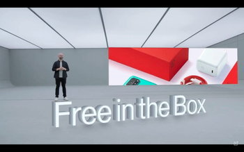 เรื่องแซวขอให้บอก OnePlus Xiaomi และ Samsung ร่วมวงแซว Apple เรื่องของแถมในกล่อง