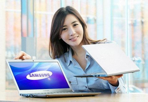 เรียกได้ว่าเปิดตัวสายฟ้าแลบเลยทีเดียวสำหรับ ultrabook จากค่ายแดนกิมจิอย่าง Samsung Series 5 ที่เปิดตัวออกมาอย่างไม่มีปี่ไม่มีขลุ่ย ซึ่งจะมีออกมาพร้อมกัน 2 รุ่น